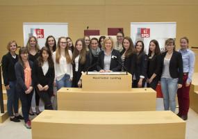 Mädchenparlament 2015(2)