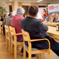 """Intensive Diskussionen bei der """"red' mit!""""-Veranstaltung in Aßling"""